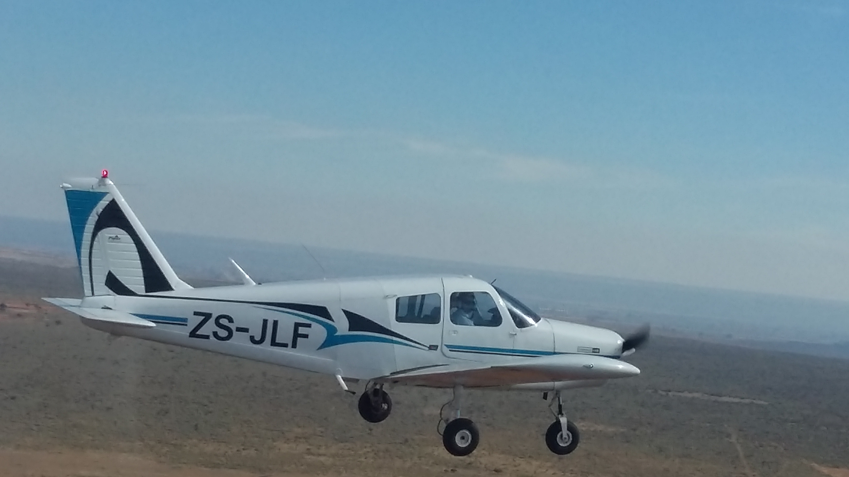 Private pilot training on a Mooney M20